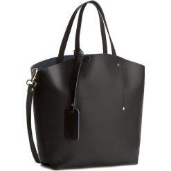 Torebka CREOLE - K10233 Czarny. Czarne torebki klasyczne damskie Creole, ze skóry. W wyprzedaży za 219,00 zł.
