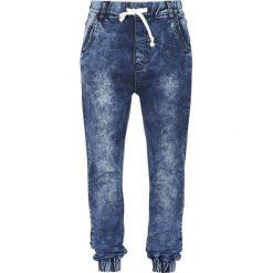 Forplay Jogg Jeans Spodnie dresowe damskie niebieski. Niebieskie boyfriendy damskie Forplay, s, z dresówki, na fitness i siłownię. Za 121,90 zł.