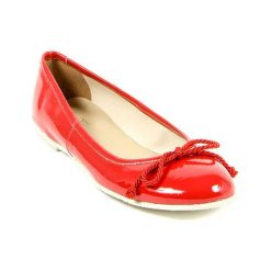 Baleriny damskie lakierowane: Skórzane baleriny w kolorze czerwonym
