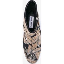Steve Madden - Botki Goldie. Szare buty zimowe damskie marki Steve Madden, z materiału, na obcasie. W wyprzedaży za 299,90 zł.