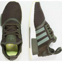 Adidas Originals NMD_R1 Tenisówki i Trampki night cargo/base green/semi frozen yellow. Zielone tenisówki damskie marki adidas Originals, z materiału. W wyprzedaży za 479,20 zł.