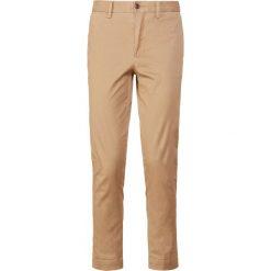 Polo Ralph Lauren Chinosy luxury tan. Brązowe chinosy damskie Polo Ralph Lauren, z bawełny. Za 549,00 zł.