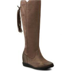 Kozaki SIMEN - 9614 S1940. Brązowe buty zimowe damskie marki Kazar, ze skóry, przed kolano, na wysokim obcasie. W wyprzedaży za 349,00 zł.