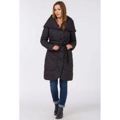 Płaszcze damskie: Płaszcz z rozłożystym kołnierzem