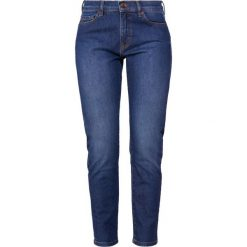 BOSS CASUAL ROSEVILLE Jeansy Slim Fit dark blue. Niebieskie boyfriendy damskie BOSS Casual. Za 589,00 zł.