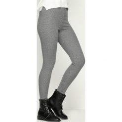 Czarno-Białe Spodnie Your Blackpool. Czarne rurki damskie marki Born2be, l. Za 49,99 zł.