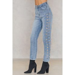 Boyfriendy damskie: Minkpink Jeansy Youth Eyelet Scando - Blue