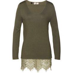 Sweter z koronką bonprix ciemnooliwkowy. Zielone swetry klasyczne damskie bonprix, z koronki. Za 99,99 zł.