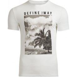 T-shirt męski TSM607 - biały - Outhorn. Białe t-shirty męskie Outhorn, na lato, m, z bawełny. Za 39,99 zł.