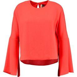 Bluzki asymetryczne: Topshop SPLIT SLEEVE   Bluzka red