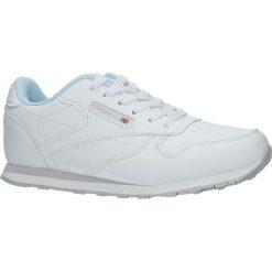 Białe buty sportowe sznurowane Casu LXC7236. Czarne buty sportowe damskie marki Casu. Za 69,99 zł.