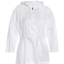 Reebok COMP  Kurtka do biegania white. Białe kurtki damskie do biegania marki Reebok, s, z materiału. W wyprzedaży za 349,30 zł.