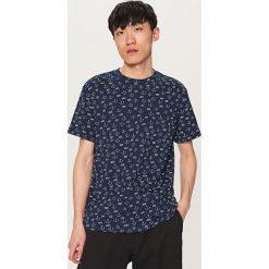 T-shirty męskie: T-shirt z motywem kotwicy – Granatowy