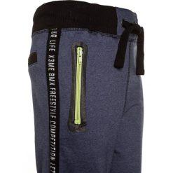 Blue Seven Spodnie treningowe dark blue. Niebieskie spodnie chłopięce Blue Seven, z bawełny. Za 129,00 zł.