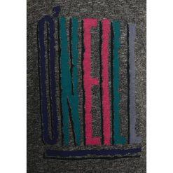 O'Neill MOUNTAIN CALL  Bluza silver melee. Czerwone bluzy chłopięce marki O'Neill, z materiału, narciarskie. W wyprzedaży za 149,40 zł.