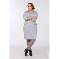 Sukienki hiszpanki: Sukienka w kropeczki Plus