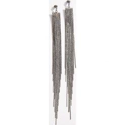 Długie kolczyki - Szary. Czerwone kolczyki damskie marki Mohito, z bawełny. Za 29,99 zł.