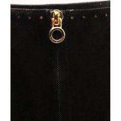 L'Autre Chose Kozaki black. Czarne buty zimowe damskie L'Autre Chose, z materiału. W wyprzedaży za 1154,45 zł.