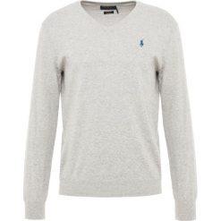 Polo Ralph Lauren Sweter grey marl. Szare swetry klasyczne męskie Polo Ralph Lauren, l, z bawełny, polo. Za 629,00 zł.