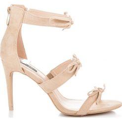 Szpilki: Sandały szpilki z kokardkami ADELE