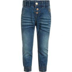 Name it NMFBIBI PANT Jeansy Relaxed Fit medium blue denim. Czerwone spodnie chłopięce marki Name it, l, z nadrukiem, z bawełny, z okrągłym kołnierzem. Za 129,00 zł.