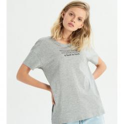 T-shirt z zabawnym hasłem - Jasny szar. Szare t-shirty damskie Sinsay, l. Za 19,99 zł.