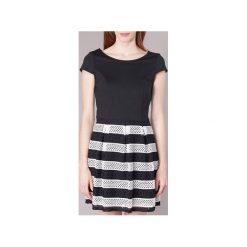 Sukienki krótkie Naf Naf  KEMERIA. Czarne sukienki hiszpanki NAF NAF, z krótkim rękawem, mini. Za 258,30 zł.