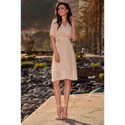 Sukienki: Zwiewna sukienka kopertowa beżowy