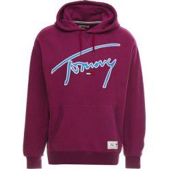 Tommy Jeans SIGNATURE HOODY Bluza z kapturem dark purple. Fioletowe bluzy męskie rozpinane marki Reserved, l, z bawełny. Za 419,00 zł.