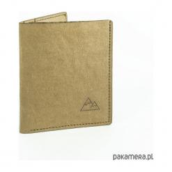 Super cienki portfel z papieru WASHPAPA - beżowy. Brązowe portfele damskie marki Pakamera. Za 89,00 zł.