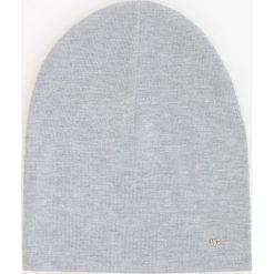 Czapki zimowe damskie: Dzianinowa czapka – Jasny szar