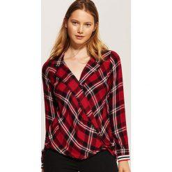 Kopertowa koszula - Wielobarwn. Brązowe koszule damskie marki House, s, z kopertowym dekoltem. W wyprzedaży za 39,99 zł.