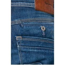 Pepe Jeans - Jeansy. Niebieskie jeansy męskie regular marki Pepe Jeans. W wyprzedaży za 299,90 zł.