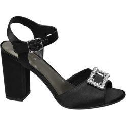 Sandałki na obcasie Catwalk czarne. Czarne sandały damskie marki Catwalk, z materiału, na obcasie. Za 83,00 zł.