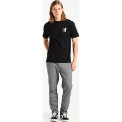 T-shirty męskie z nadrukiem: HUF LEASH TEE Tshirt z nadrukiem black