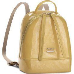Plecak FURLA - Candy 870533 B BJW1 PL0  Senape. Żółte plecaki damskie marki Furla, z tworzywa sztucznego, eleganckie. W wyprzedaży za 539,00 zł.