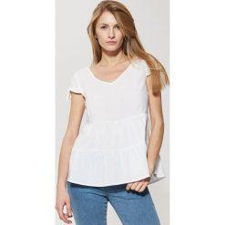 Bluzki asymetryczne: Bluzka z falbanami - Biały