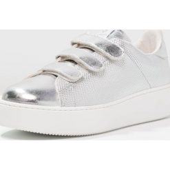 Trampki damskie slip on: Victoria Shoes Tenisówki i Trampki plata