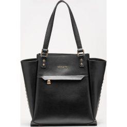 Czarna torebka damska. Czarne torebki klasyczne damskie Kazar, ze skóry, duże. Za 749,00 zł.