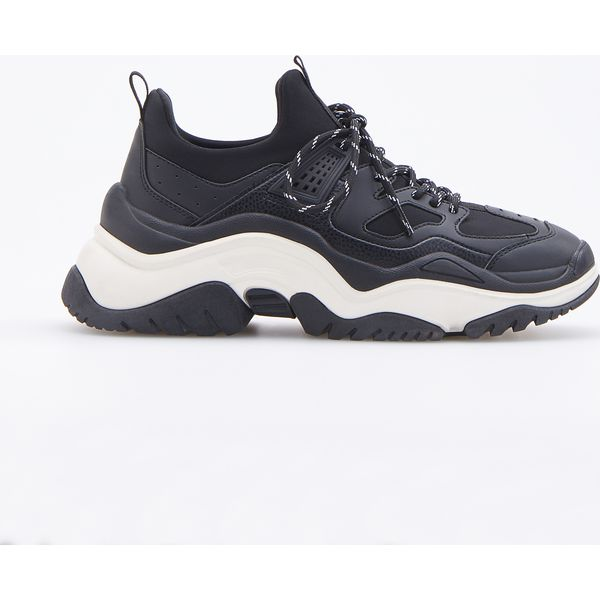 0e074910 Buty w sportowym stylu - Czarny - Czarne buty sportowe damskie ...