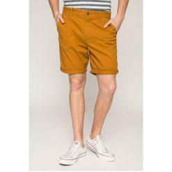 Quiksilver - Szorty. Niebieskie spodenki jeansowe męskie marki Quiksilver, l, narciarskie. W wyprzedaży za 199,90 zł.