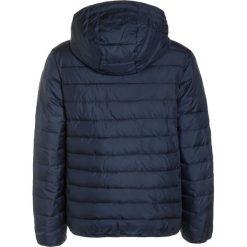 Quiksilver SCALY  Kurtka zimowa navy blazer. Niebieskie kurtki chłopięce zimowe marki Quiksilver, l, narciarskie. W wyprzedaży za 223,20 zł.