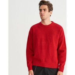 Gładki sweter - Czerwony. Czerwone swetry klasyczne męskie marki Reserved, l. Za 159,99 zł.