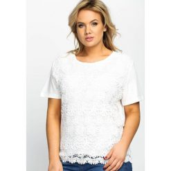 Biała Bluzka In Flower. Białe bluzki nietoperze Born2be, l, z koronki, z krótkim rękawem. Za 44,99 zł.