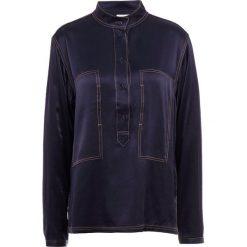 CLOSED CALLEN Koszula navy. Niebieskie koszule damskie CLOSED, l, z materiału. Za 749,00 zł.