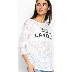 Biała Bluzka Number Of Love. Białe bluzki longsleeves Born2be, xl, z napisami, z okrągłym kołnierzem. Za 29,99 zł.