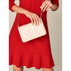 Torebki i plecaki damskie: Mała torebka z pikowanej ekologicznej skóry – Różowy