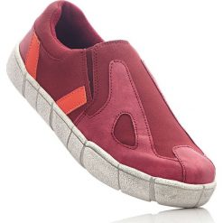 Buty wsuwane bonprix czerwony. Szare buty sportowe damskie marki bonprix, z materiału. Za 49,99 zł.