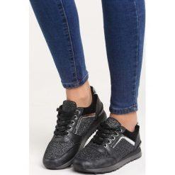 Czarne Buty Sportowe Take a Look. Czarne buty sportowe damskie marki DOMYOS, z bawełny. Za 79,99 zł.