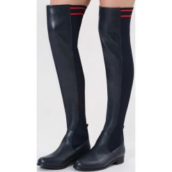 Granatowe Kozaki You Are Everything. Czarne buty zimowe damskie marki Kazar, ze skóry, na wysokim obcasie. Za 169,99 zł.